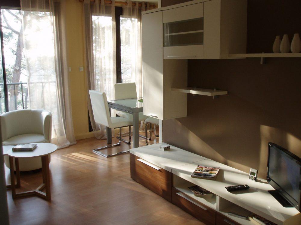 D coration home staging au pays basque anderea deco for Revue de decoration interieure