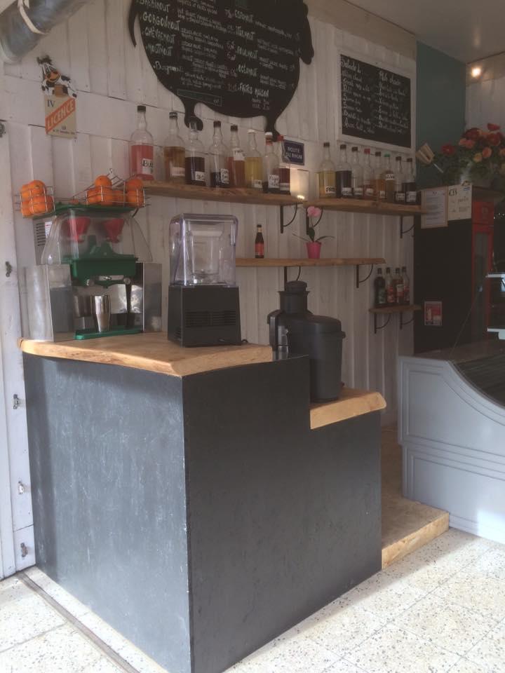 Décoration intérieure pour un snack à Hendaye - Anderea déco
